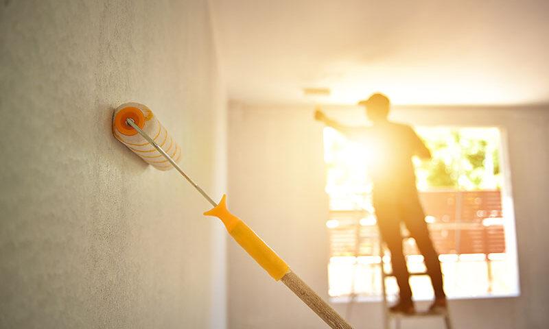 Pintar la vivienda en Verano. Consecuencias de pintura en exteriores